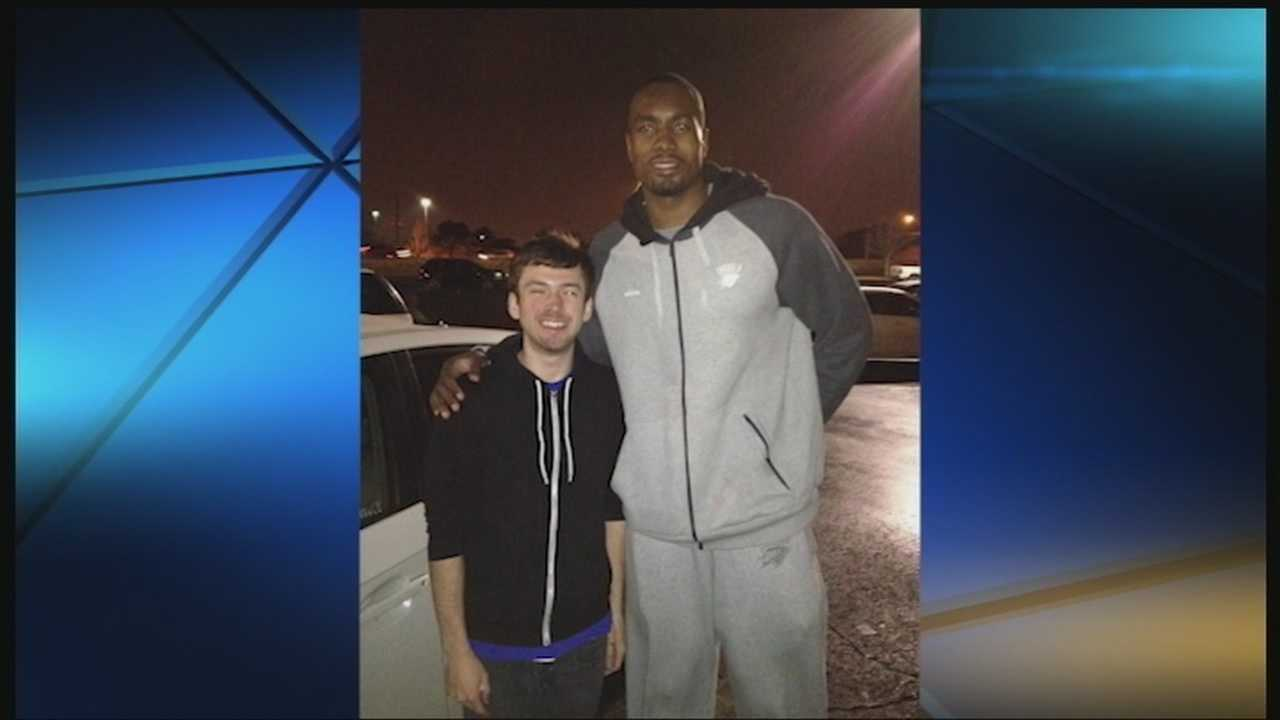 Grant Wood receives help from Thunder forward