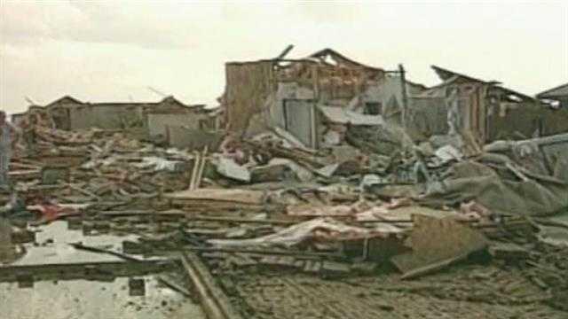Moore tornado damage