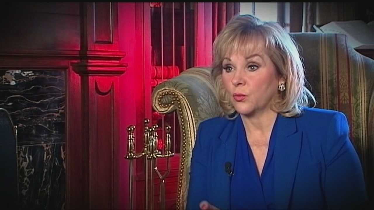 The Oklahoma Democratic Party accuses Governor Fallin over misusing state resources to run her campaign.