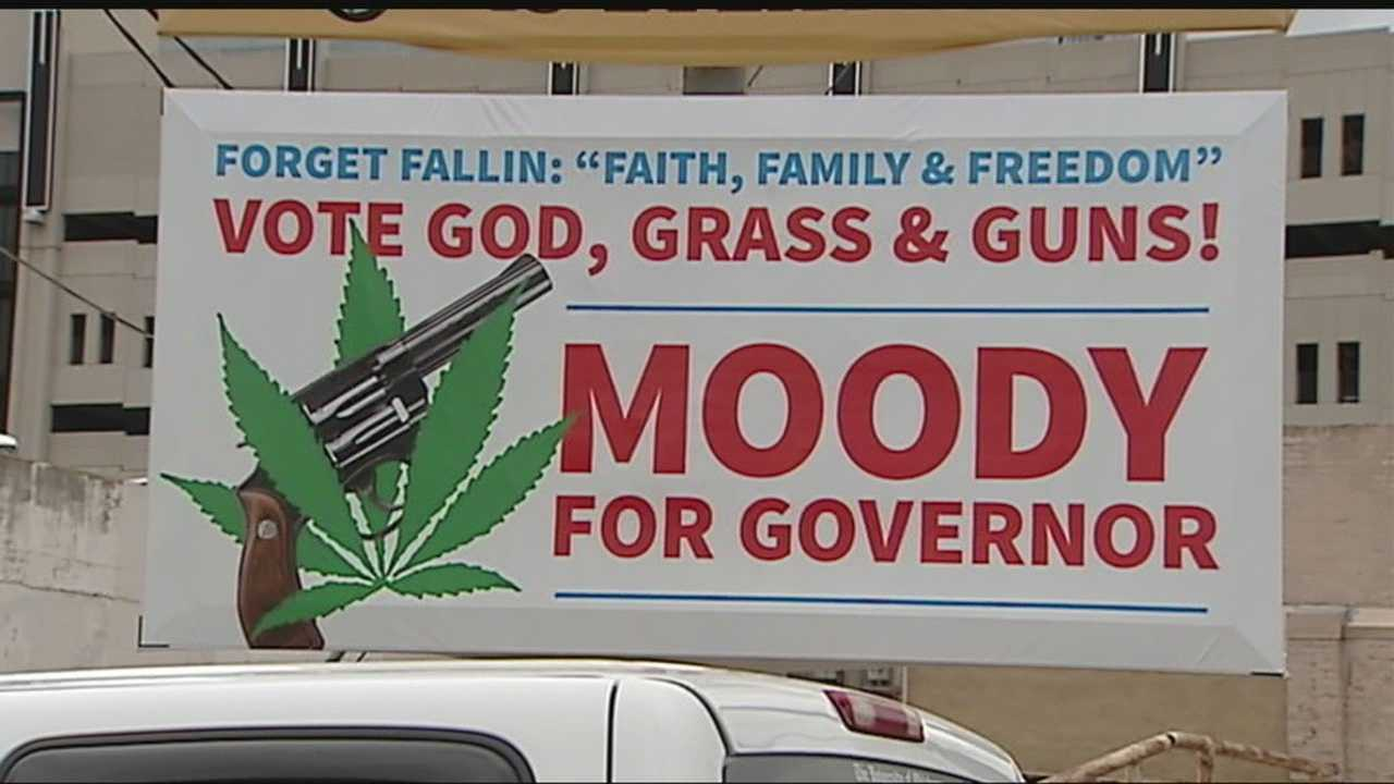 """""""Chickasaw"""" Chad Moody is running for Governor and the """"Drug Lawyer"""" hopes to become the """"Freedom Governor""""."""