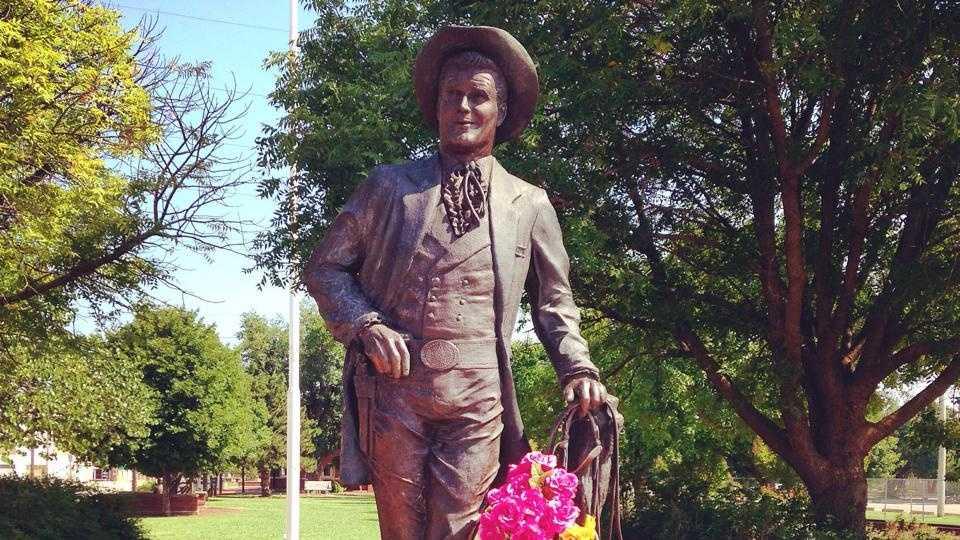 Oklahomans remember Norman native James Garner