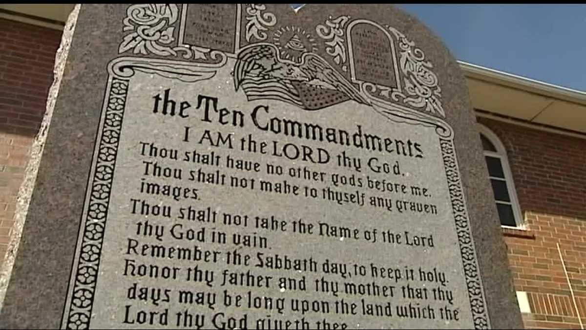 Oklahoma Lawmakers Continue Fight To Bring 10 Commandments