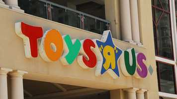 Toy superstore Toys R Us is again opening its doors to shoppers at 5 p.m. on Thanksgiving and will stay open 30 hours straight until 11 p.m. on Black Friday.