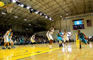 Jan. 1, 2013 Game: The Santa Cruz Warriors have been unbeatable while playing in their new town with a 4-0 winning streak on their home court.Read the story here