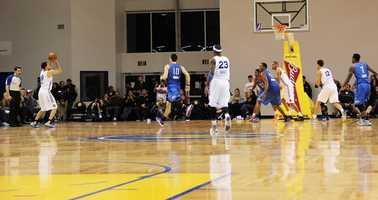 The Santa Cruz Warriors have been unbeatable while playing in their new town with a 6-0 game winning streak on their home court.