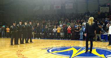 Warriors honor two slain Santa Cruz police officers