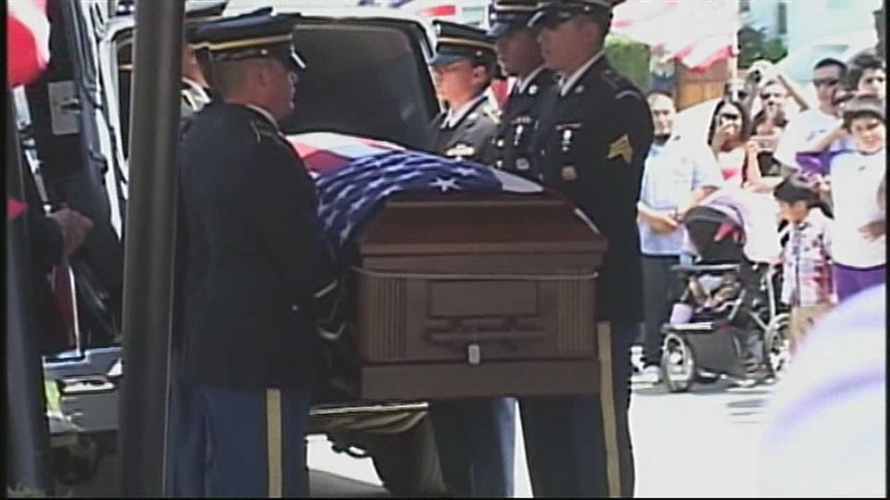 Fallen Greenfield soldier's body returns home