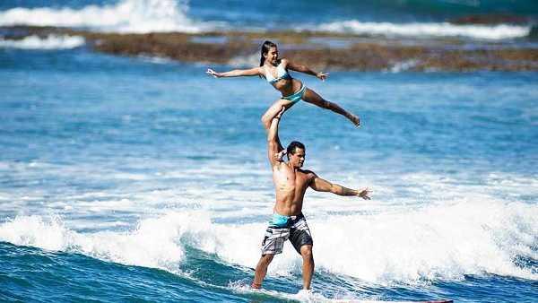 kalani-eliza-alla-tandem-surfing-world-champ.jpg