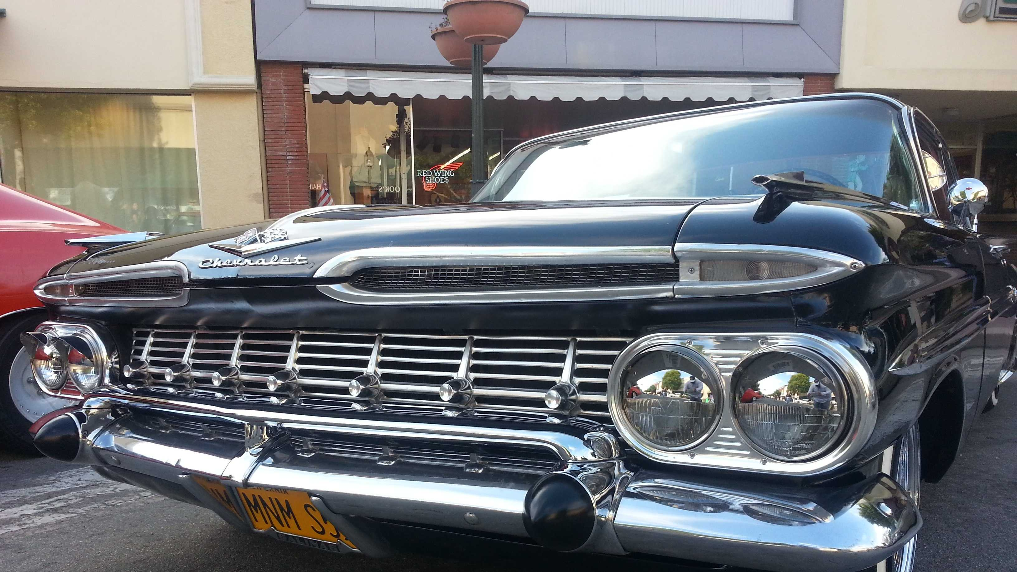 More than 250 classic cars roll into Passport to Oldtown