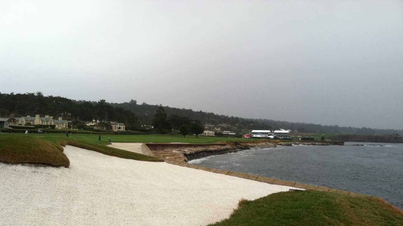 Crews prepare for Pebble Beach Pro-Am