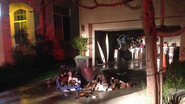 Firefighters extinguish garage fire in Watsonville