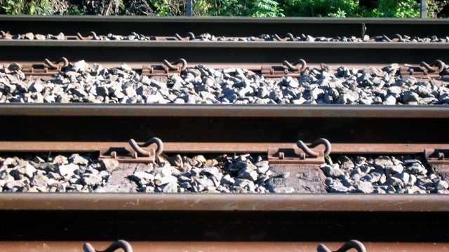 Train_tracks