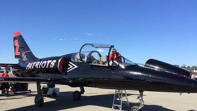 Salinas airshow kicks off the weekend