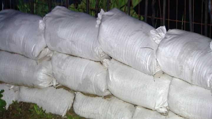 Flood victims prepare for El Nino