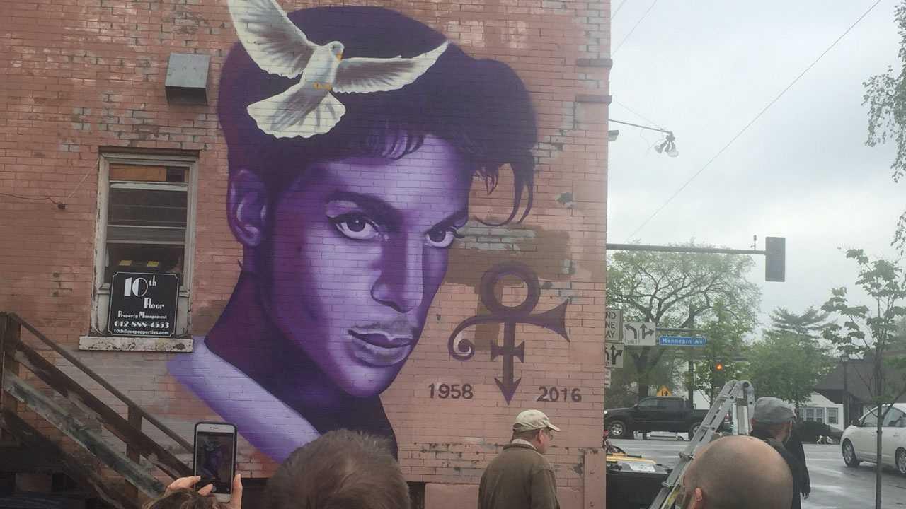 Prince mural in Uptown Minneapolis