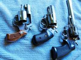 Violent CrimesMonterey County:  2009 -  2,118 ///  2010 - 2,037Santa Cruz County:  2009 -  1,215  ///  2010 - 1,313