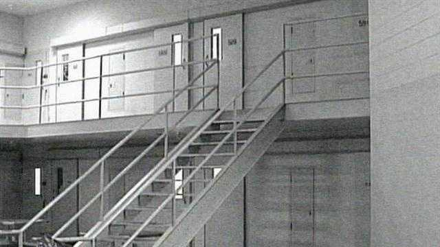 Sheriff Blames Faulty Locks Allowed Inmate To Escape