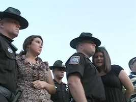 A vigil was held Tuesday night to remember fallen Pearl investigator Mike Walter.