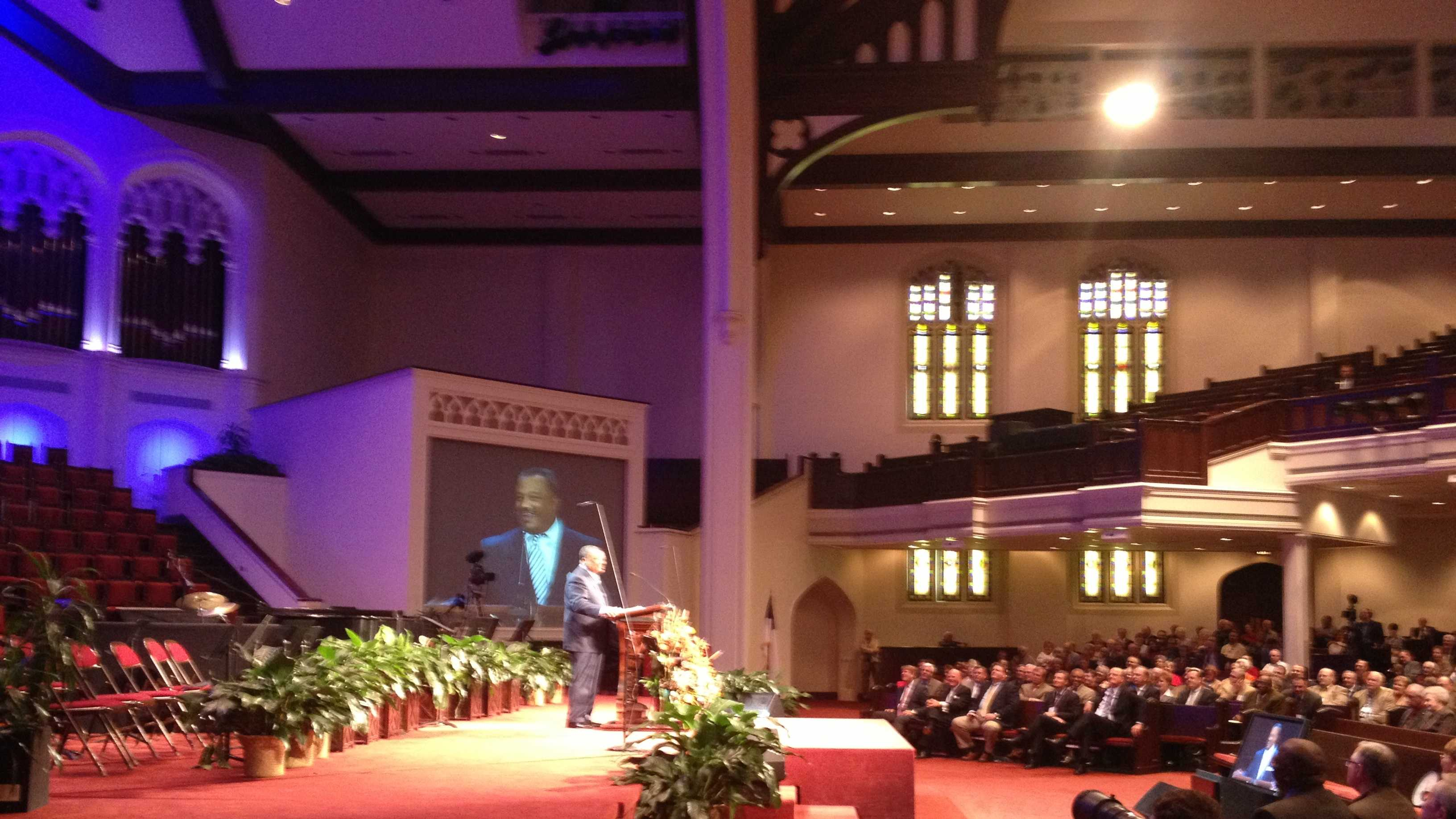 Southern Baptist Convention President Fred Luter speaks at First Baptist Church of Jackson.