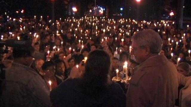 Ole Miss candlelight vigil