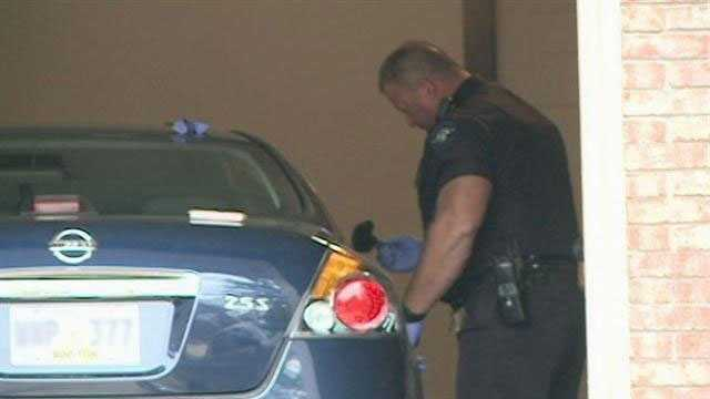 Clinton car burglary officer fingerprints