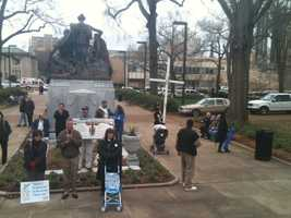 On the anniversary of the Roe v. Wade ruling, both sides of the abortion issue hold demonstrations in Jackson.