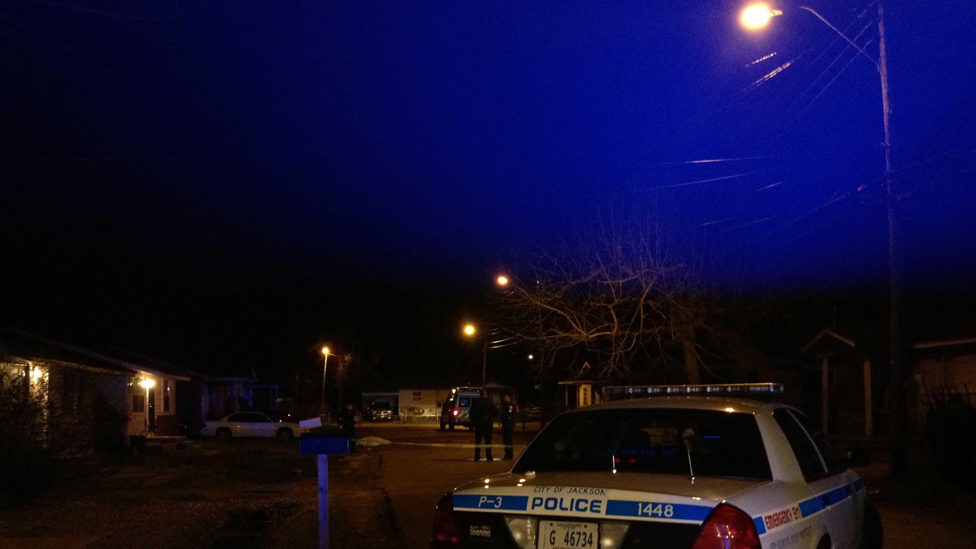 1 dies after fight erupts in gunfire