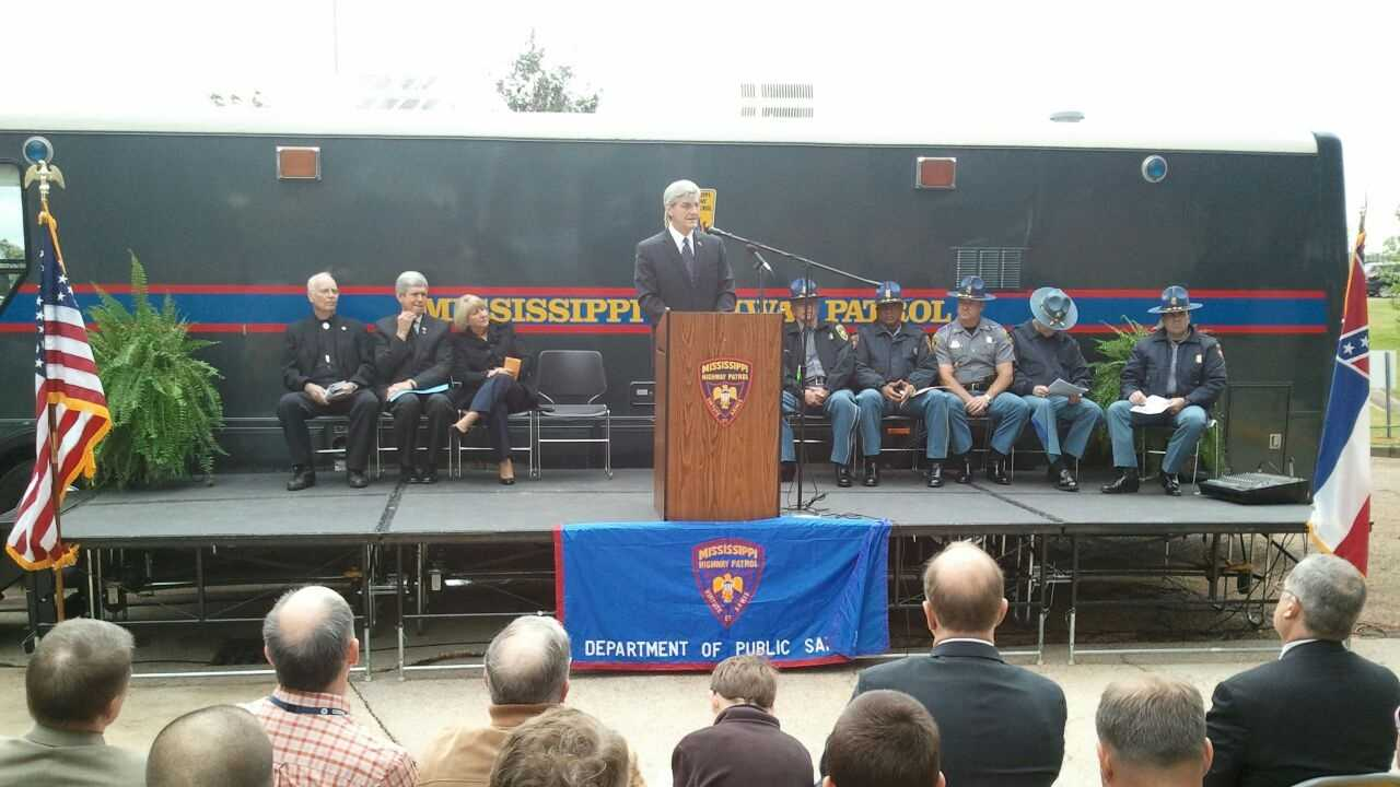 Governor at MHP ceremony