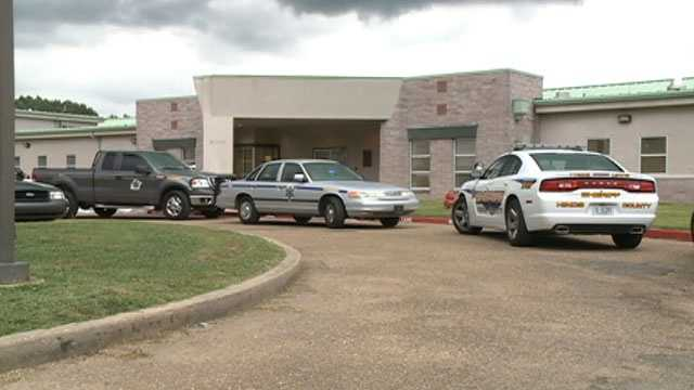 Hinds County Detention Center inmate problem