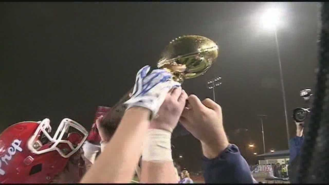 Jackson Prep defeats Jackson Academy 10-7, to win the MAIS AAA-Division 1 state championship.