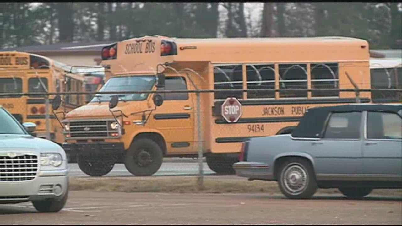 Late school bus leaves kids in the cold