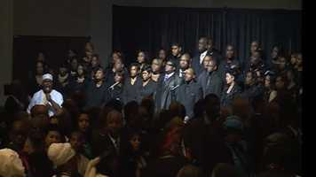 The Mississippi Mass Choir performs during Mayor Chokwe Lumumba's funeral.