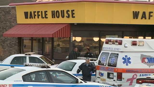 Officer attacked at Waffle House