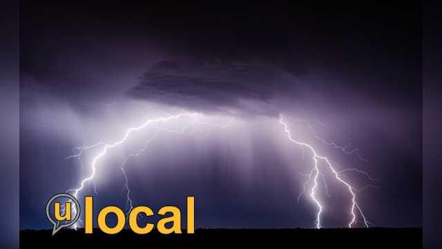0401_lightning_mw.jpg