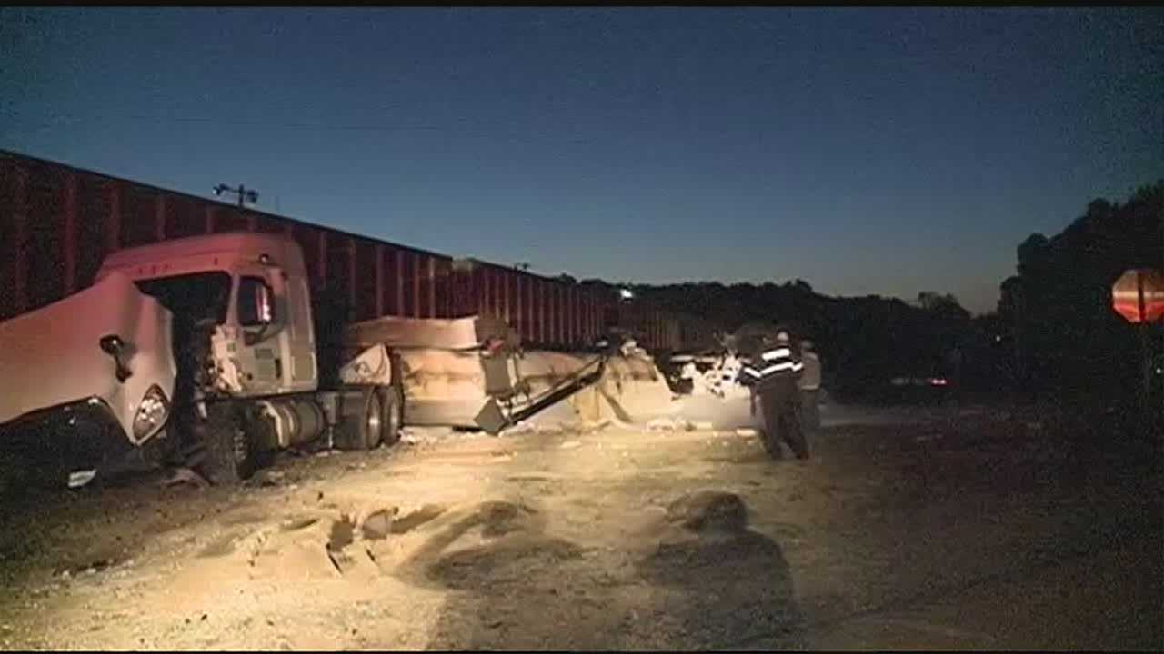 Big rig and train collide in Rankin county