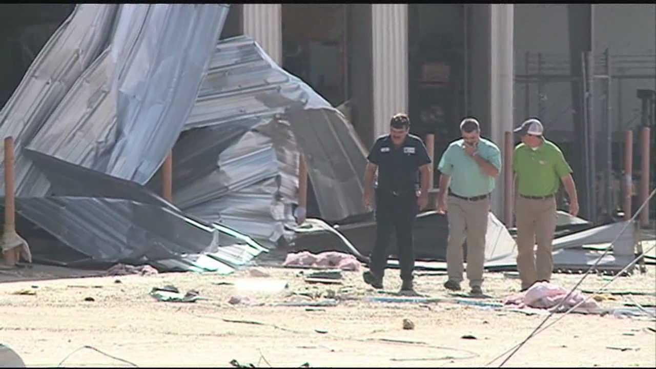 State leaders tour tornado damage
