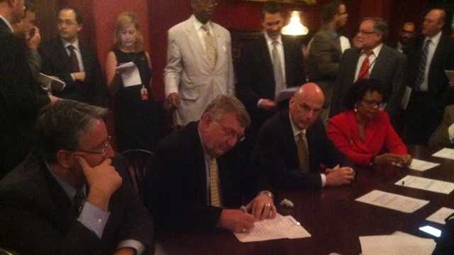 Maryland budget conferees sign revenue package
