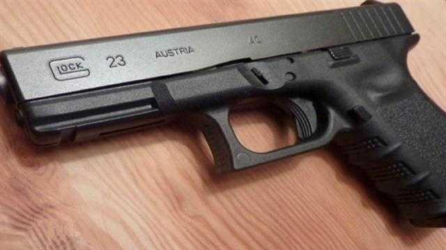 Gun, handgun, shooting