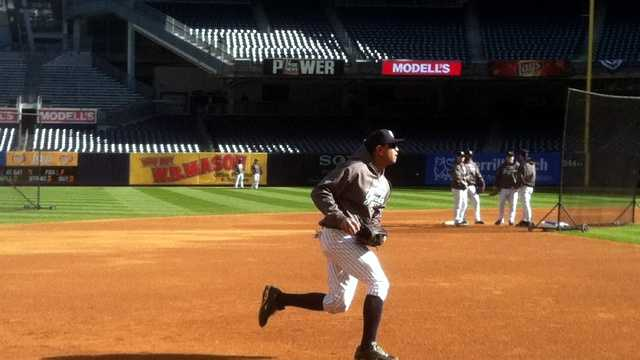 New York's Alex Rodriguez participates in batting practice, but wouldn't play in Game 5.