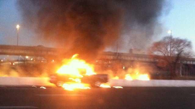 truck-fire-u-01.jpg