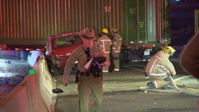 Police investigate late-night Beltway crash