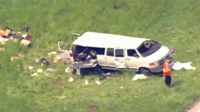 Illinois van crash