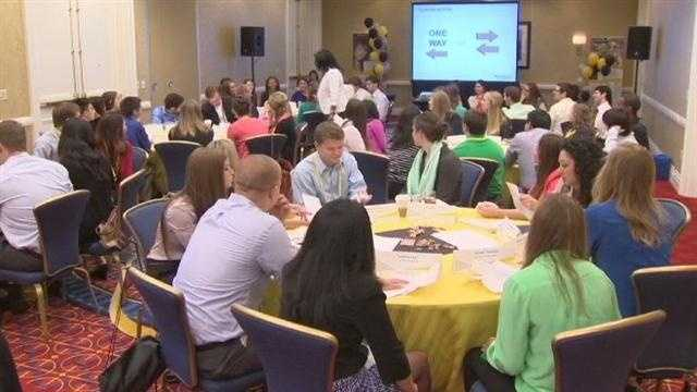 Hundreds of collegians in Baltimore to find jobs