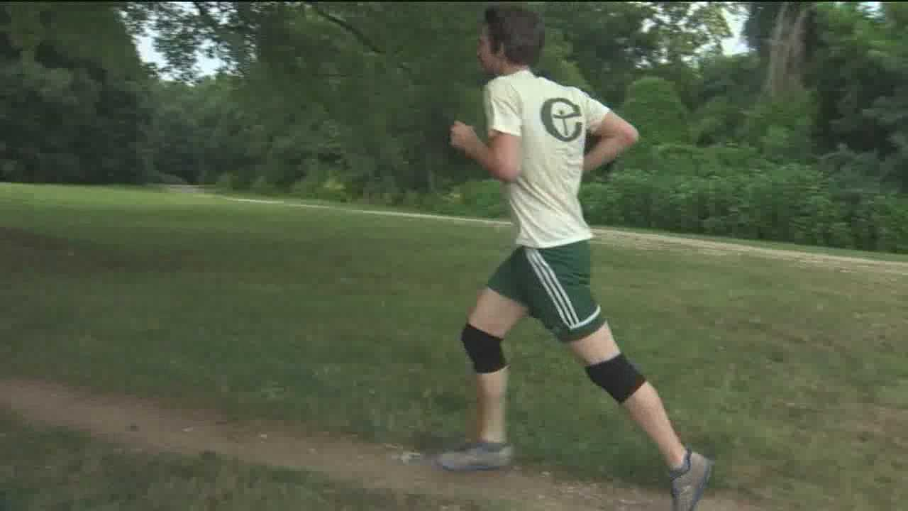 Police: City park joggers attacked, robbed of phones