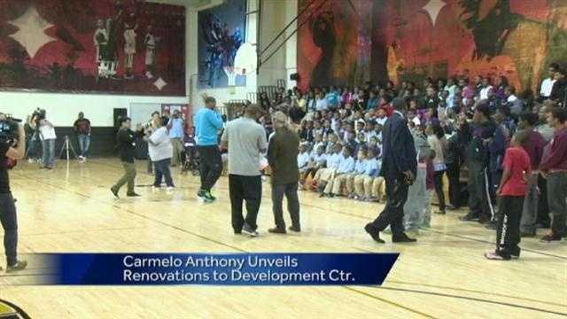 Carmelo visits kids