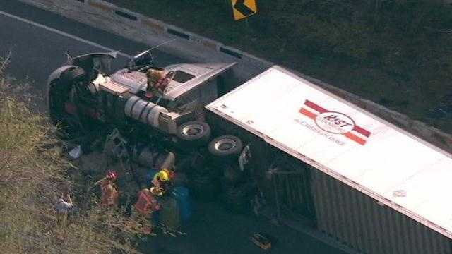 overturned tractor trailer 11-11