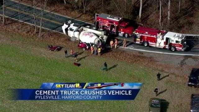 Cement truck crash photo