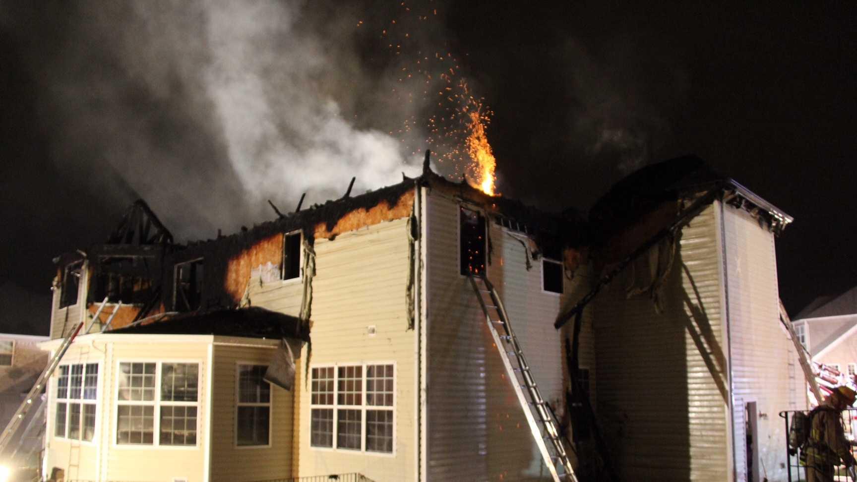 Howard County 2-alarm blaze 5000 block of Ellis Lane