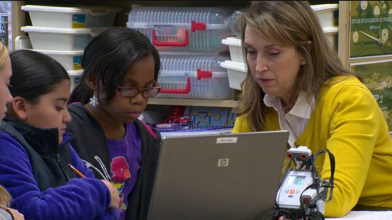 Anne Arundel County teacher wins national award