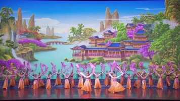 Shen Yun is colorful and bright and represents 5,000 years of Chinese traditional culture.